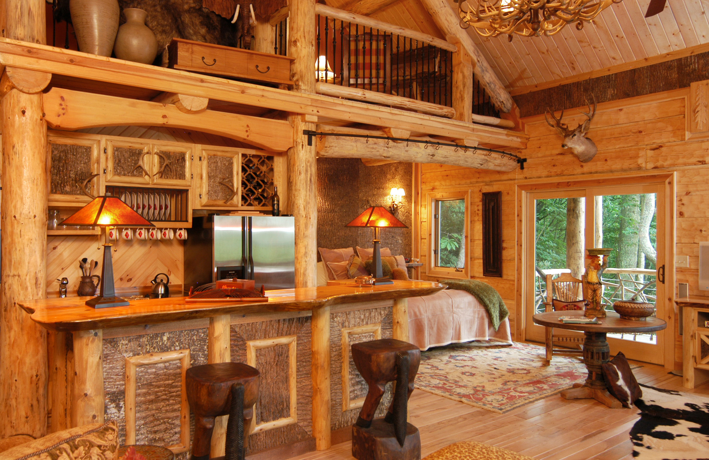 bedroom cabins htm with resort has cabin dsc woods for branson log perfect luxury in swimming issues so king rentals mobility someone vrp a ramp pools
